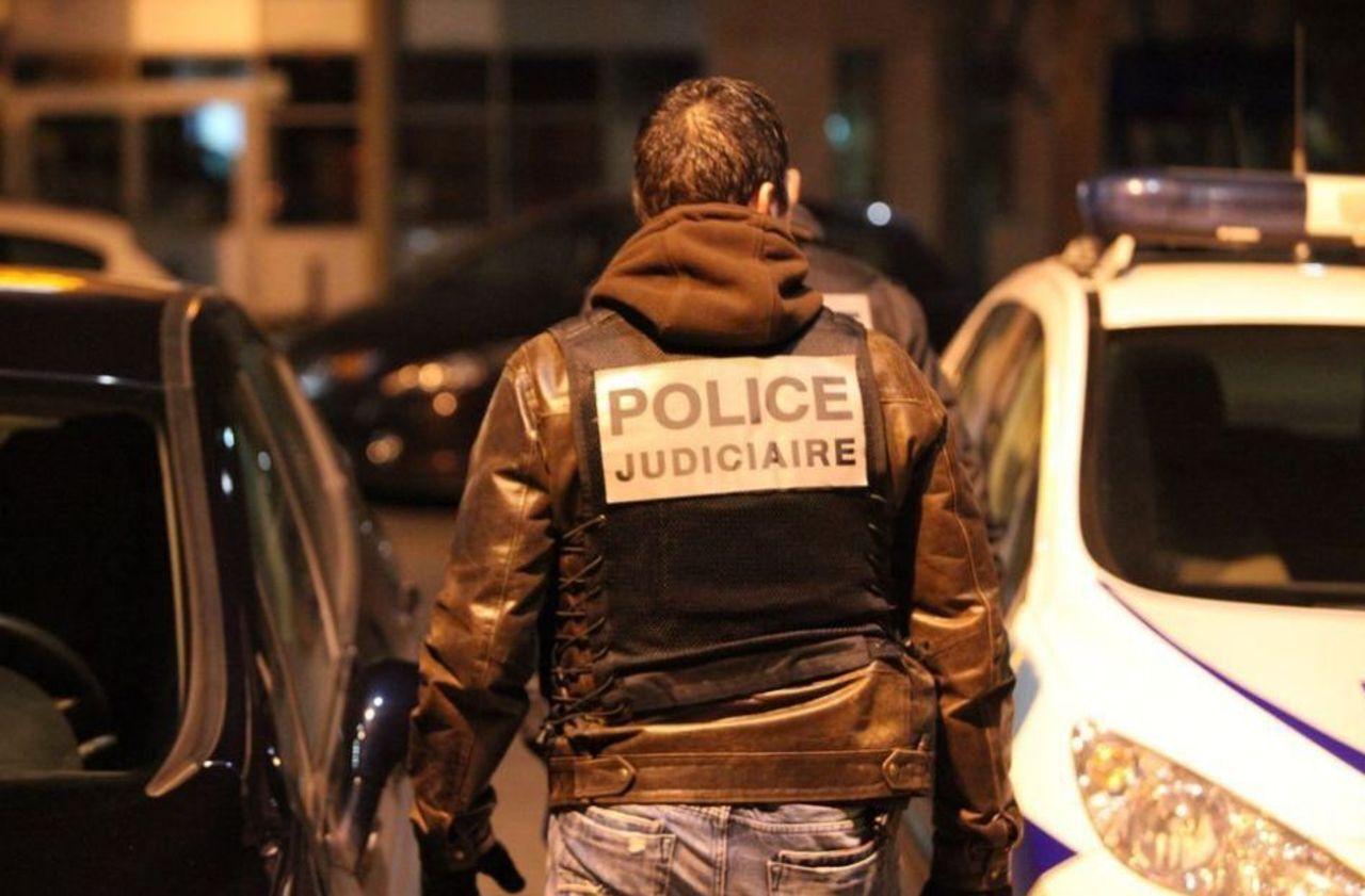 site de rencontre homme gay clubs a Epinay sur Seine