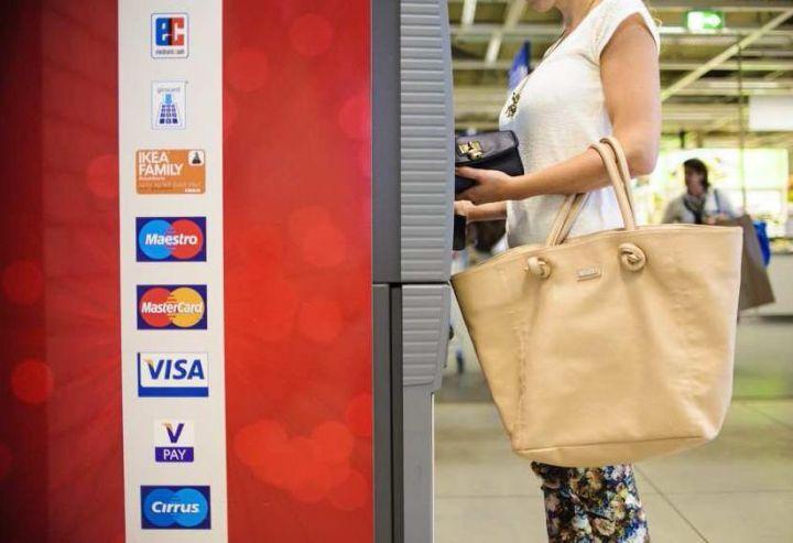 Carte Bancaire Prepayee Sans Frais A Letranger.Payer Sans Frais A L Etranger C Est Possible Le Parisien