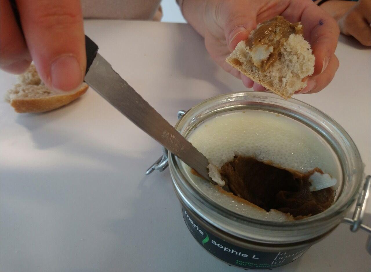 Foie Gras Et Saumon Vegetaux Tarama Aux Algues On A Teste Un Apero De Fete Vegan Le Parisien