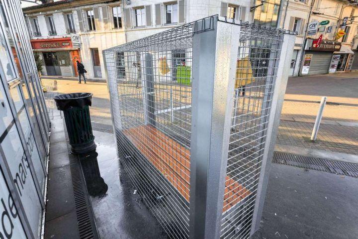 En Images Angoulême Les Bancs Anti Sdf De La Discorde Le Parisien