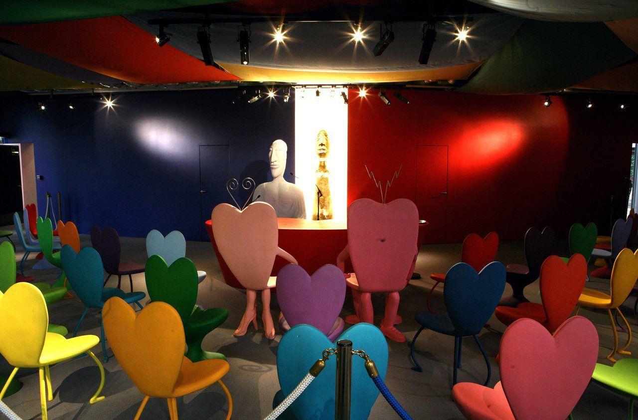 A Bobigny La Salle Des Mariages Pop Art De Di Rosa Menacee