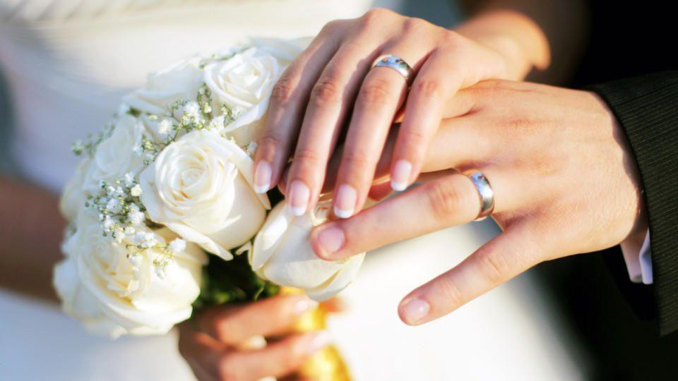Namensanderung Neuer Nachname Nach Der Hochzeit
