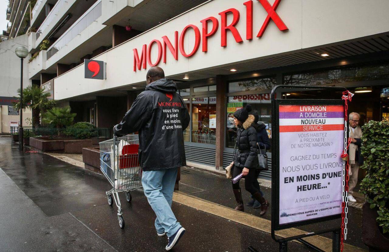 Monoprix vous livre à pied et en une heure - Le Parisien