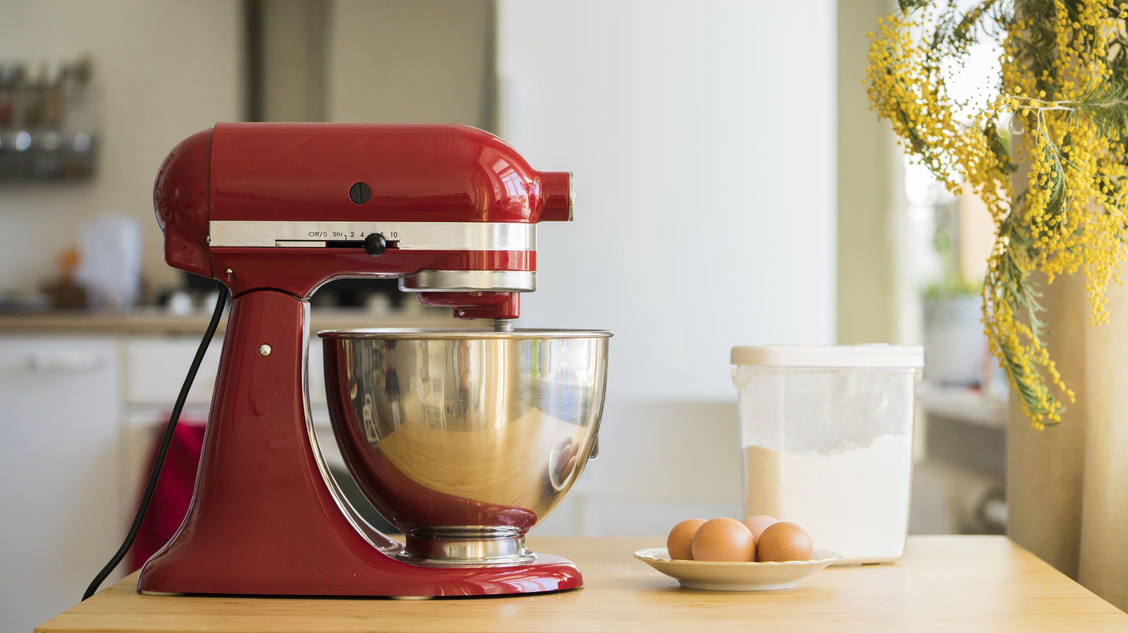 Stiftung Warentest Diese Kuchenmaschinen Kneten Hacken Und Raspeln