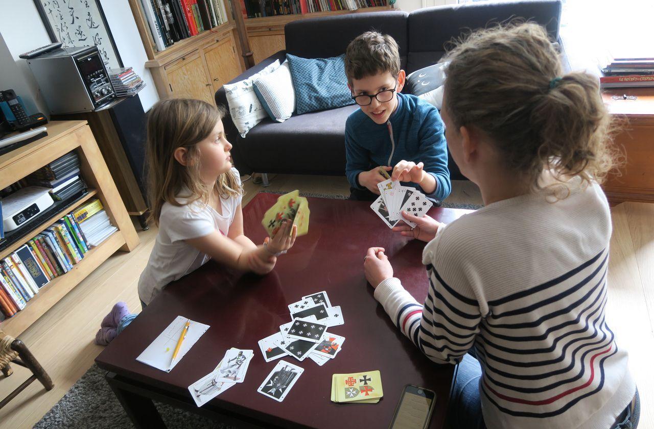 Nos Bons Plans Pour Garder Le Moral 4 Jeux De Cartes Pour Jouer En Famille Le Parisien