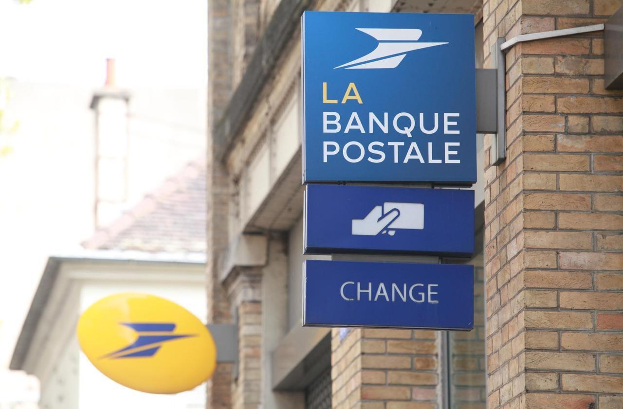 Carte Visa Black Banque Postale.Les Clients De La Banque Postale Vont Pouvoir Parametrer