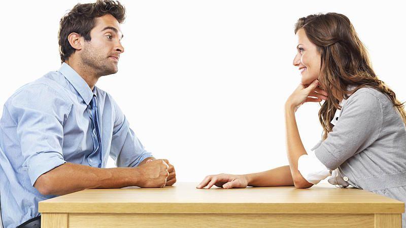 Lichaamstaal flirten aanraken