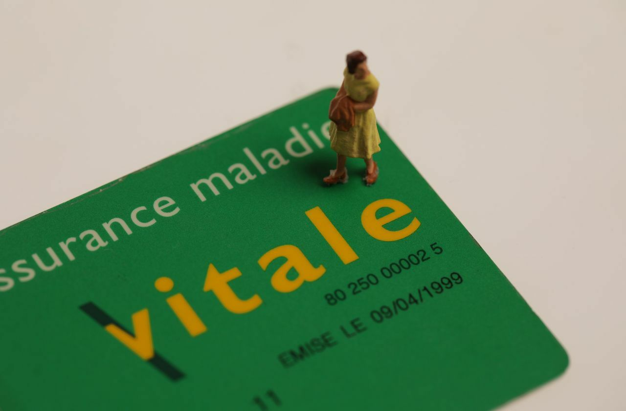 Carte Assurance Maladie Non Recu.Arnaque A La Carte Vitale L Assurance Maladie Met En Garde