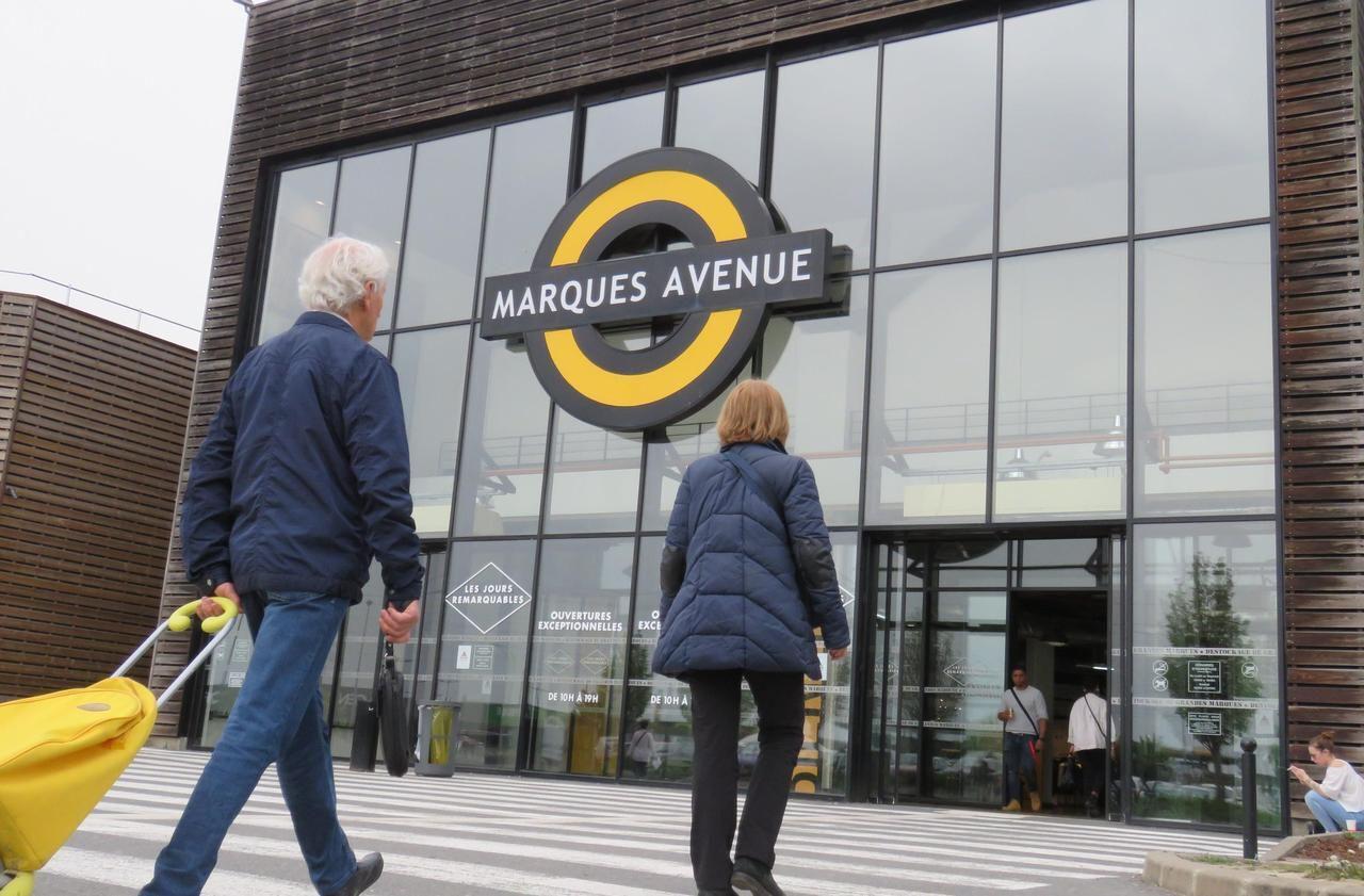 Ile de France : déstockage sur l'emploi à Marques Avenue