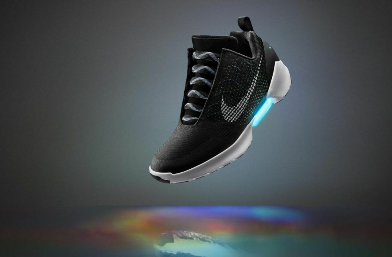 chaussures nike adapte